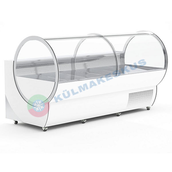 Külmlett Tube, 2.5 m Külmlett Tube, 2.5 m, oma kompressoriga Elektrooniline juhtpult Ventileeritud jahutus Automaatne sulatus Kumer esiklaas Roostevabast terasest töötasapind, AISI 304 Rattad Roostevabast terasest väljapanekupind, AISI 304 Aluskapid on roostevabast terasest Kaks neutraalset sahtlit Kaks jahutusega sahtlit Automaatne kondensaadi aurustumine Valgusti - värvus valge Välispinna värvus vastaval RAL-toonile. Lisad: Elektipistik, ühene või kahene.